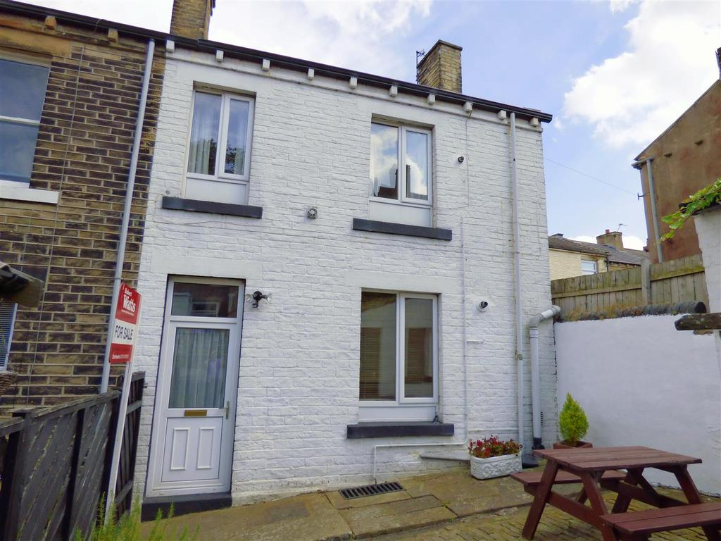 1 Bedroom Terraced House for sale in High Street, Cleckheaton, BD19 3