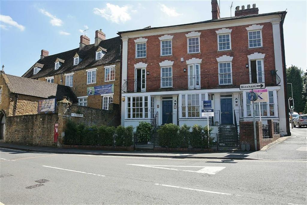 2 Bedrooms Apartment Flat for sale in St John's Road, Banbury, Oxon, OX16