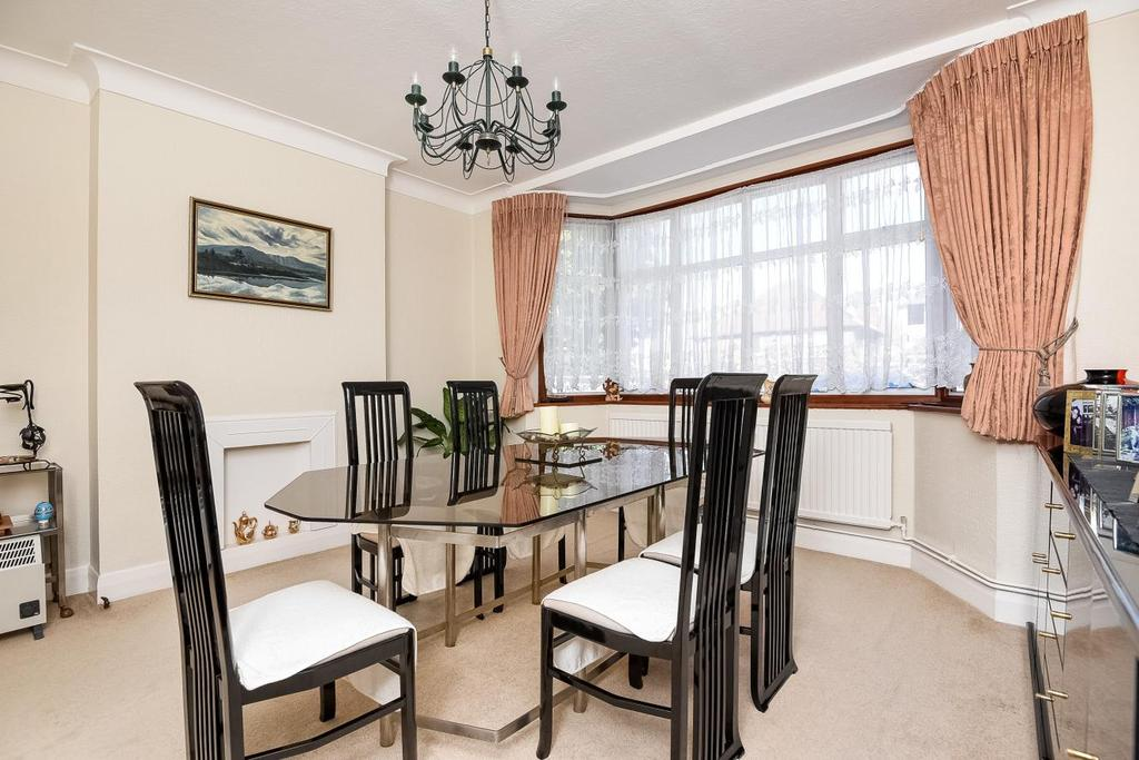 3 Bedrooms Detached House for sale in Spurgeon Road, Crystal Palace, SE19