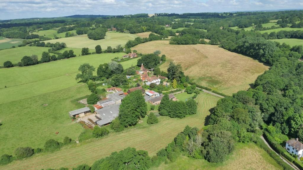 4 Bedrooms Detached House for sale in Cowden,Kent