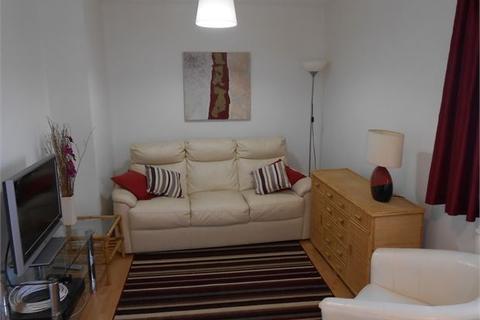2 bedroom ground floor flat to rent - Ferrara Quay , Maritime Quarter , Swansea, SA1 1UQ