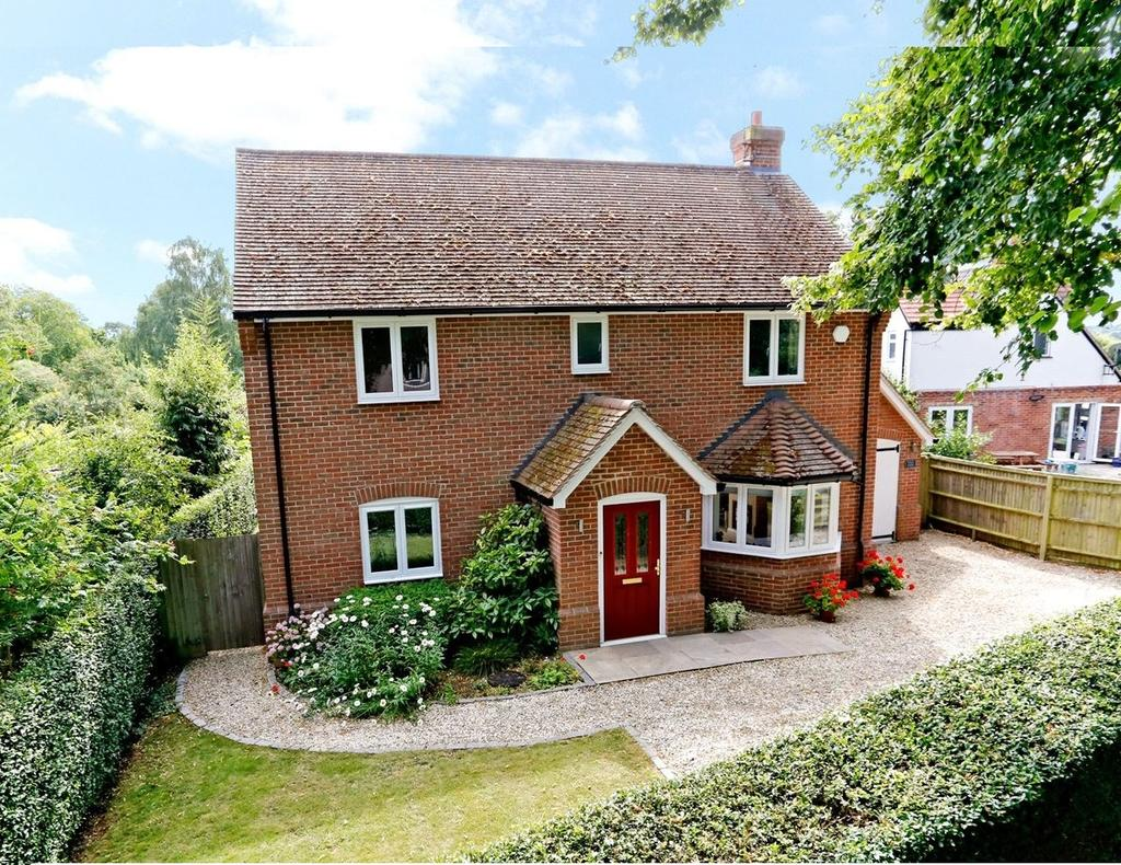 4 Bedrooms Detached House for sale in Elizabeth Road, Henley-on-Thames, Oxfordshire, RG9
