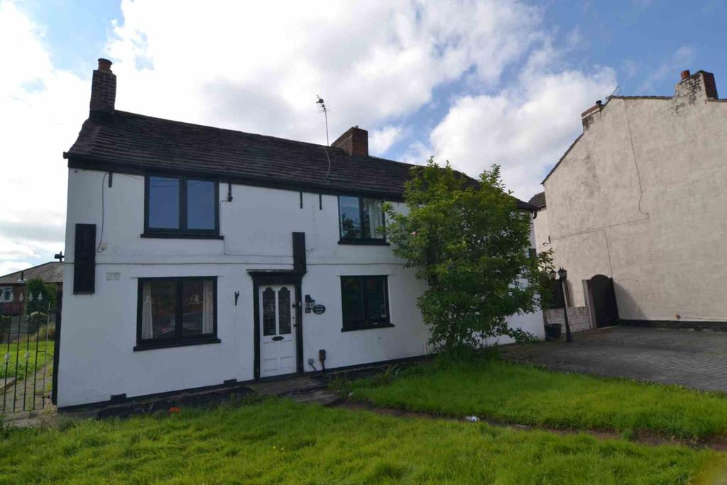 5 Bedrooms Cottage House for sale in Penny Lane, St Helens