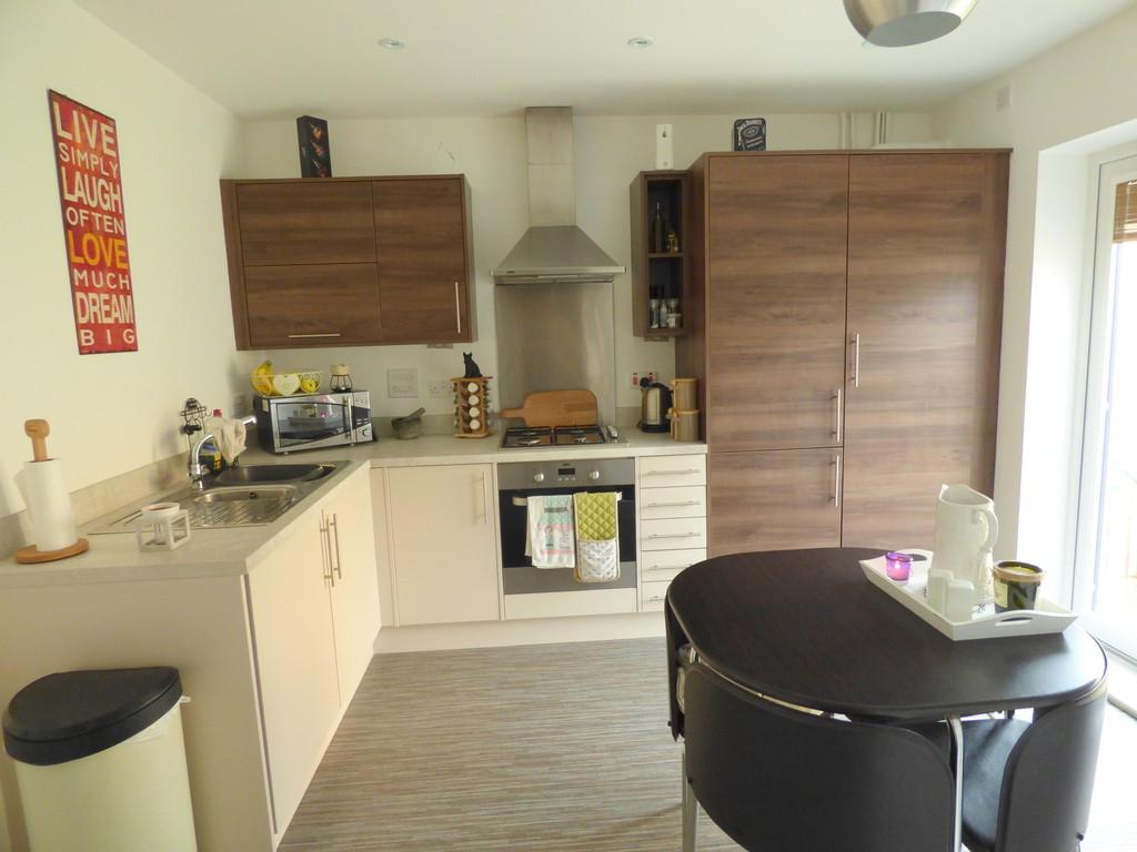 2 Bedrooms Semi Detached House for sale in Bellflower Close, Newbottle, Houghton Le Spring