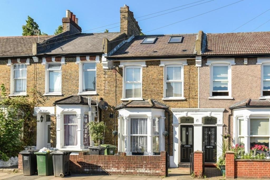 4 Bedrooms Terraced House for sale in Merritt Road, SE4