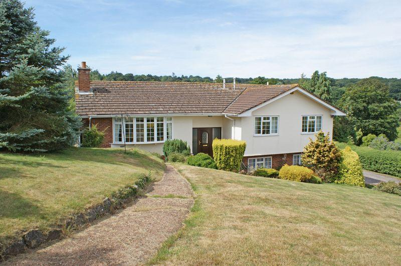 4 Bedrooms Detached Bungalow for sale in Knowle Road, Budleigh Salterton