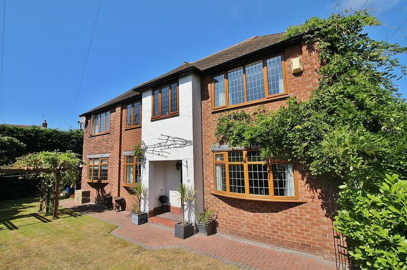 4 Bedrooms Detached House for sale in Wrigleys Close, Formby