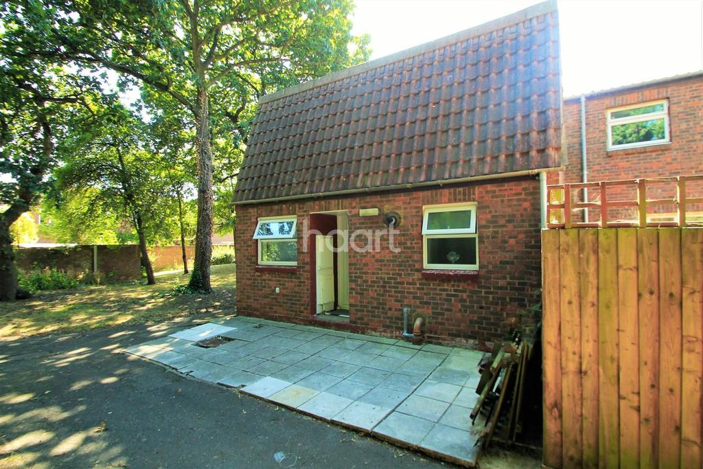 1 Bedroom Bungalow for sale in Paxfords, Basildon