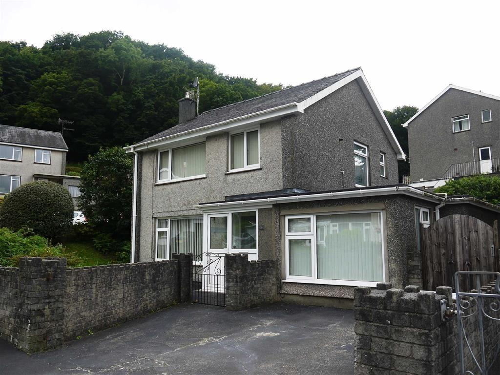 4 Bedrooms Detached House for sale in Morfa Lodge Estate, Porthmadog, Gwynedd