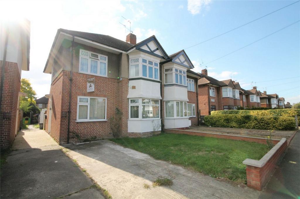 2 Bedrooms Maisonette Flat for sale in Marlborough Road, Feltham, Middlesex