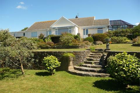 5 bedroom detached bungalow for sale - Golf Course Road, Newport, Pembrokeshire