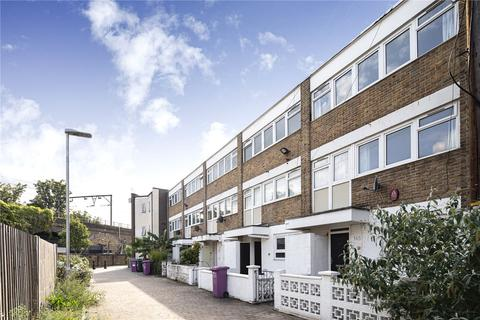 4 bedroom house to rent - Zeital House, Bow Common Lane, London, E3