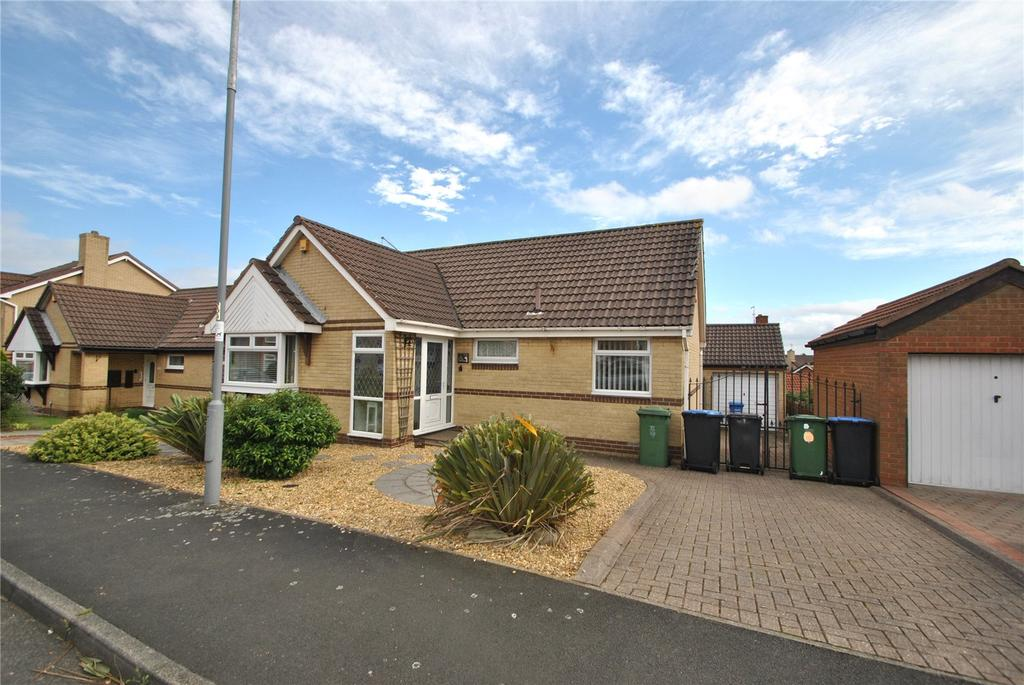 3 Bedrooms Detached Bungalow for sale in Weymouth Drive, Seaham, Co Durham, SR7