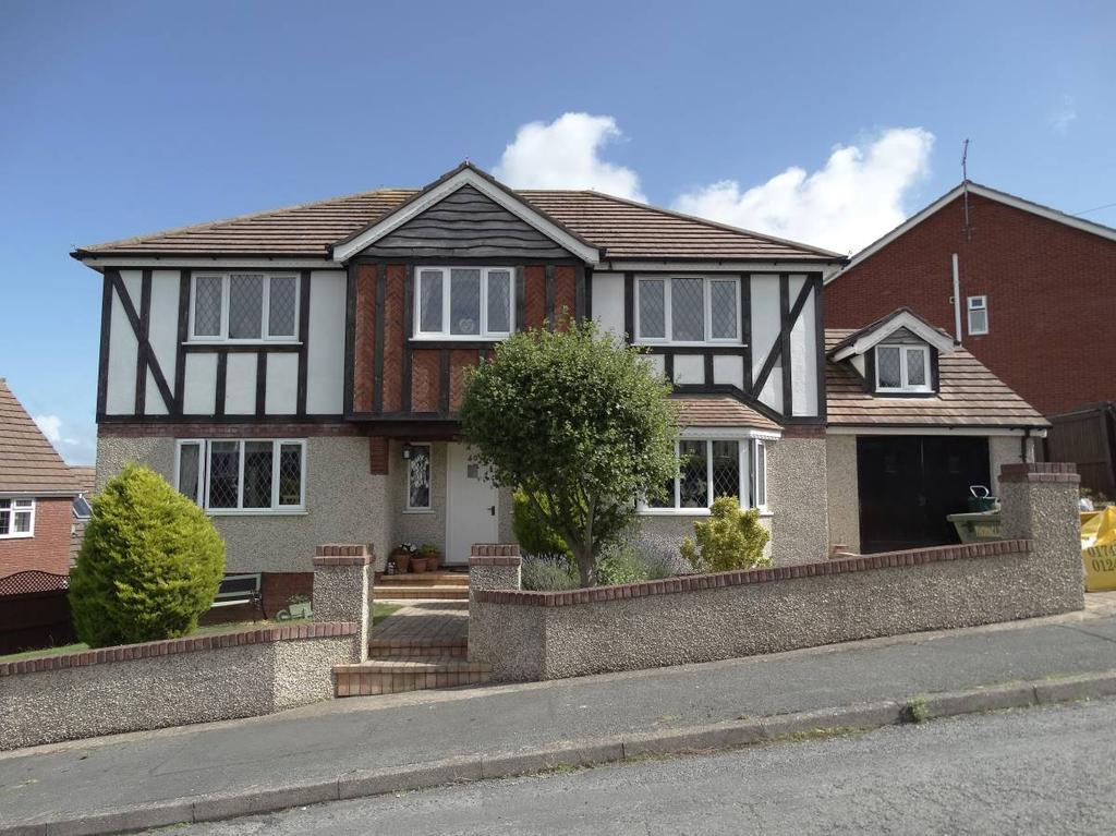 4 Bedrooms Detached House for sale in 40 Bryn Avenue, Old Colwyn, LL29 8AH