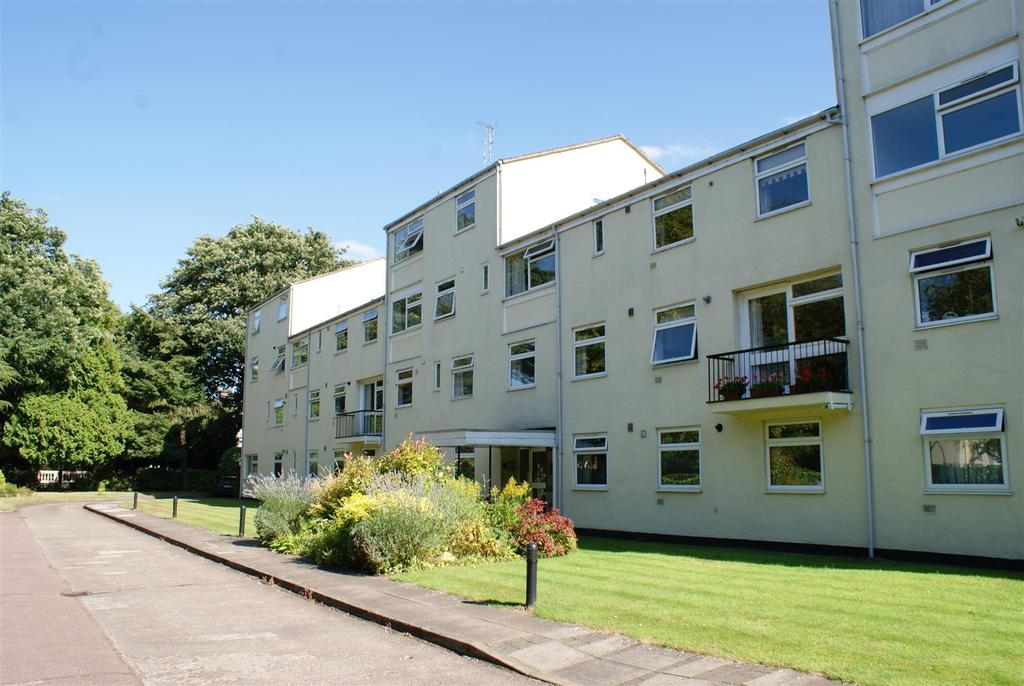 4 Bedrooms Apartment Flat for sale in Northumberland Road, Leamington Spa