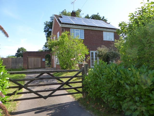 3 Bedrooms Detached House for sale in Frampton On Severn