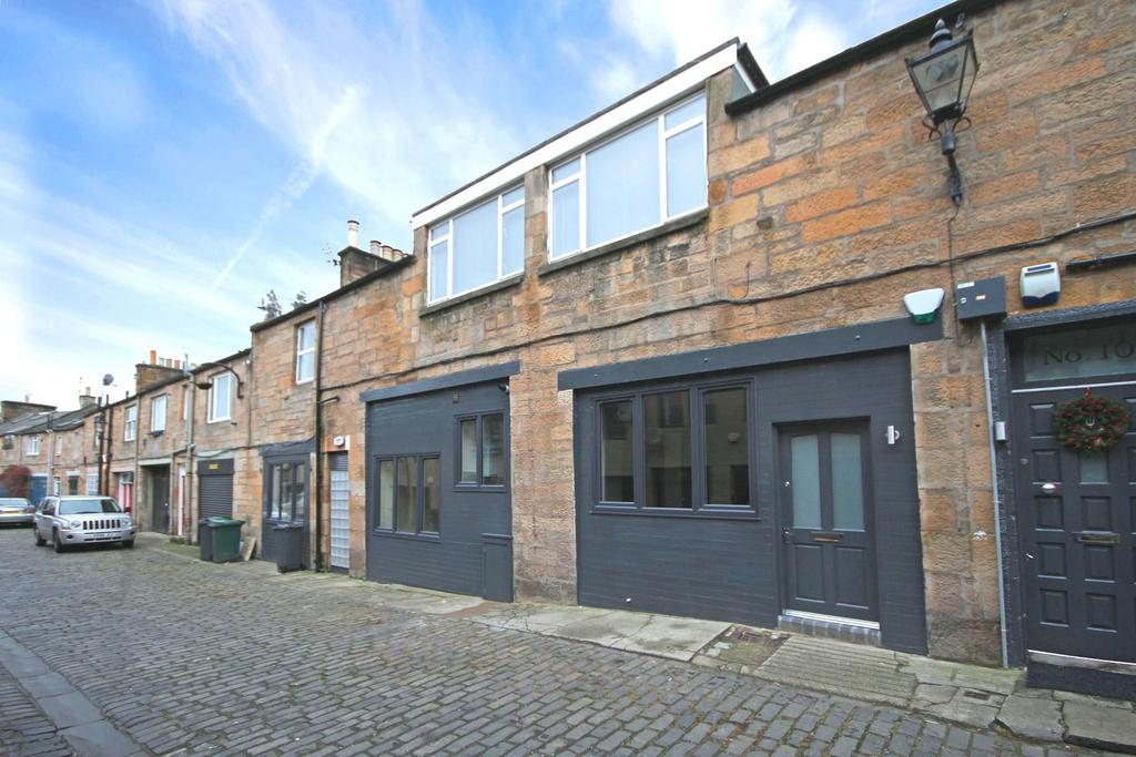 3 Bedrooms Mews House for sale in 9 Merchiston Mews, Merchiston, EH10 4PE