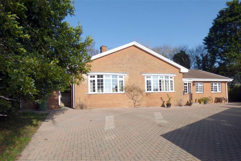 4 Bedrooms Detached House for sale in Daddon Hill, Northam, Bideford, Devon, EX39