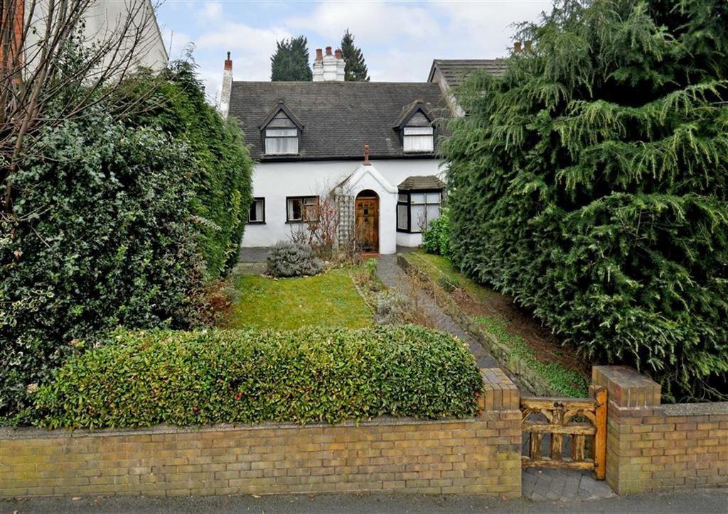 4 Bedrooms Cottage House for sale in 64, Goldthorn Hill, Wolverhampton, West Midlands, WV2