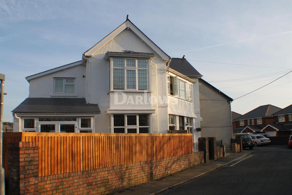 4 Bedrooms Detached House for sale in Railway View, Tredegar, Gwent
