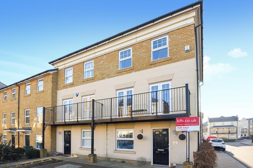 3 Bedrooms Terraced House for sale in Hawksmoor Grove, Bromley, BR2