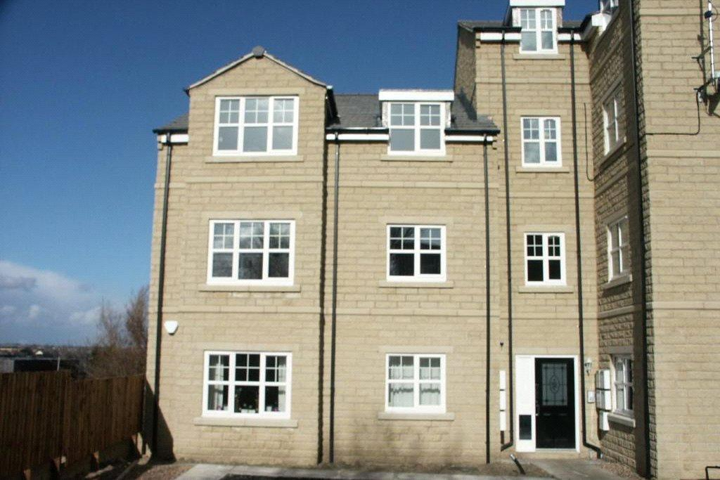 2 Bedrooms Apartment Flat for rent in Woolcombers Way, Bradford, BD4