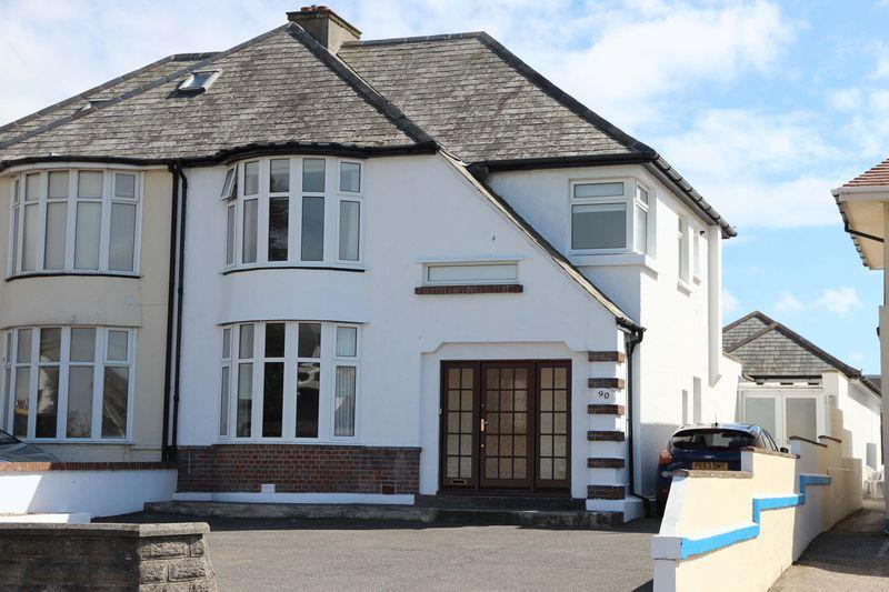 4 Bedrooms Semi Detached House for sale in Henver Road, Newquay