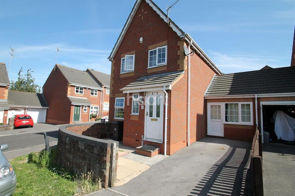 4 Bedrooms Detached House for sale in Broadleaze