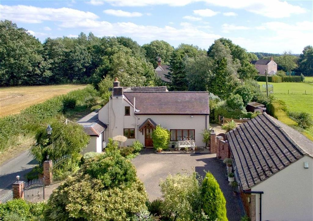 3 Bedrooms Detached House for sale in Robin Cottage, Crateford Lane, Gailey, Stafford, South Staffordshire, ST19