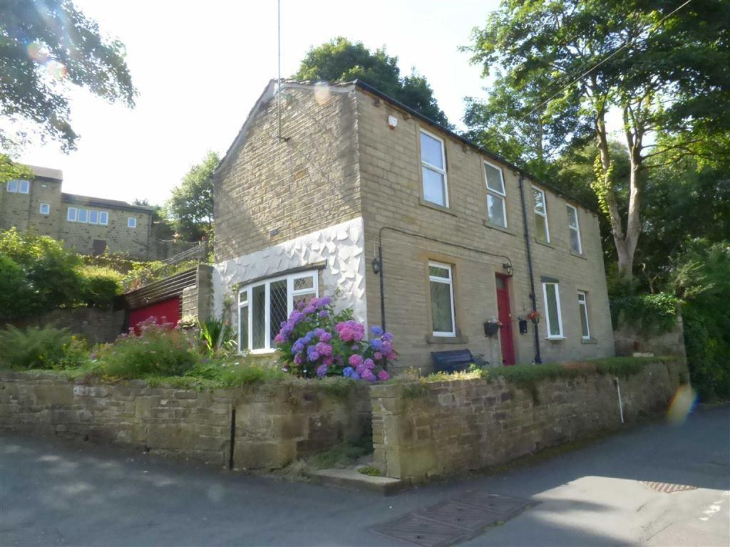 4 Bedrooms Detached House for sale in Thirstin Road, Honley, HOLMFIRTH, West Yorkshire, HD9