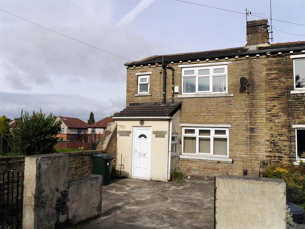 2 Bedrooms Terraced House for sale in Southfield Lane, Little Horton, Bradford, BD5 9HQ