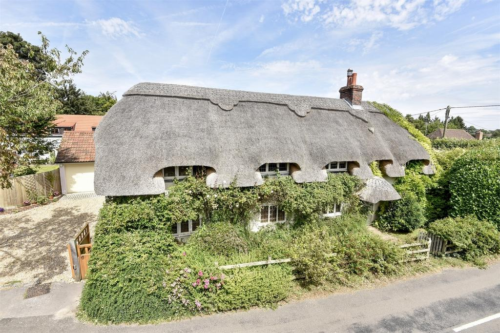 4 Bedrooms Country House Character Property for sale in Lower Farringdon, Alton, Hampshire