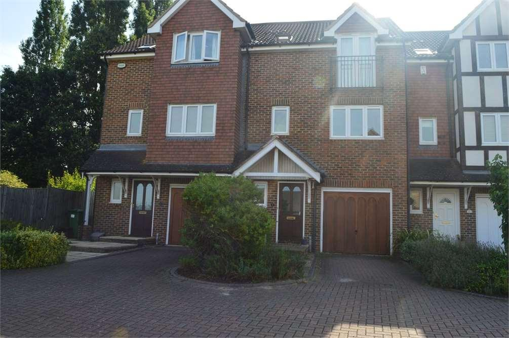 4 Bedrooms House for sale in Stirling Close,Sidcup,Kent