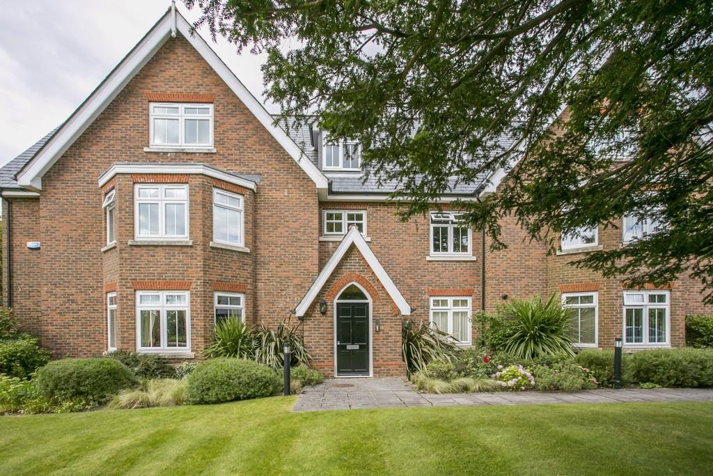 3 Bedrooms Apartment Flat for sale in Great Durgates Close, Wadhurst