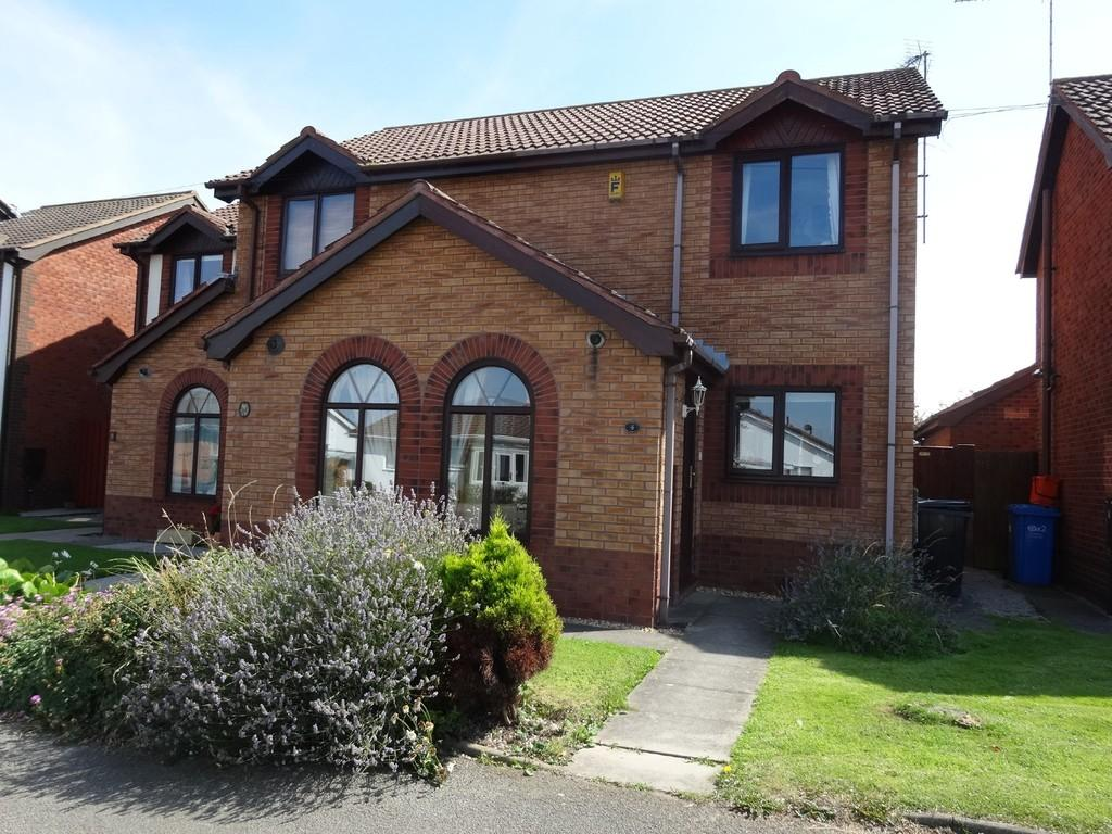2 Bedrooms Semi Detached House for sale in Rhyl, Denbighshire