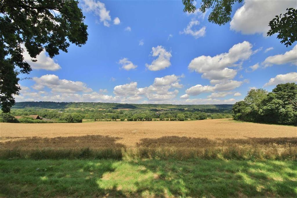 5 Bedrooms Detached House for sale in Wrotham Heath, Kent