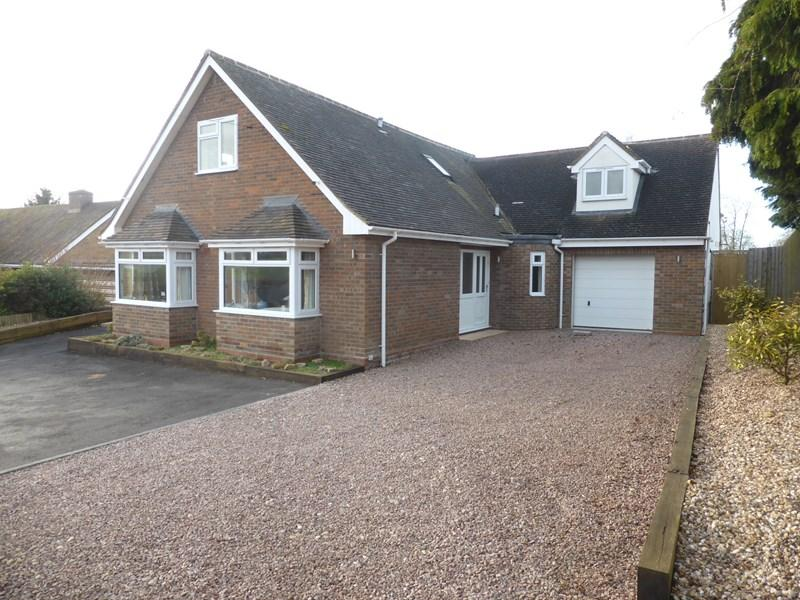 4 Bedrooms Detached House for sale in Main Street, Lenchwick, Evesham