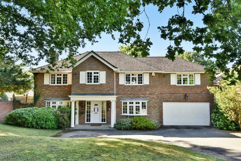 5 Bedrooms Detached House for sale in Homestead Road Orpington BR6