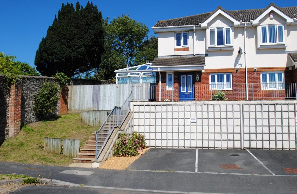 3 Bedrooms Semi Detached House for sale in Hawley Manor, Barnstaple