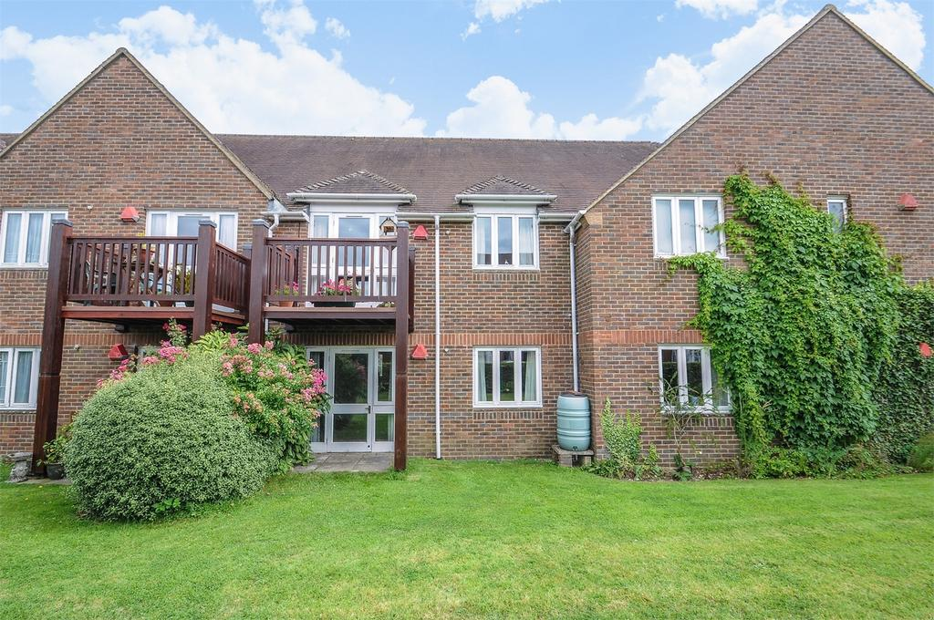 1 Bedroom Retirement Property for sale in Alton, Hampshire