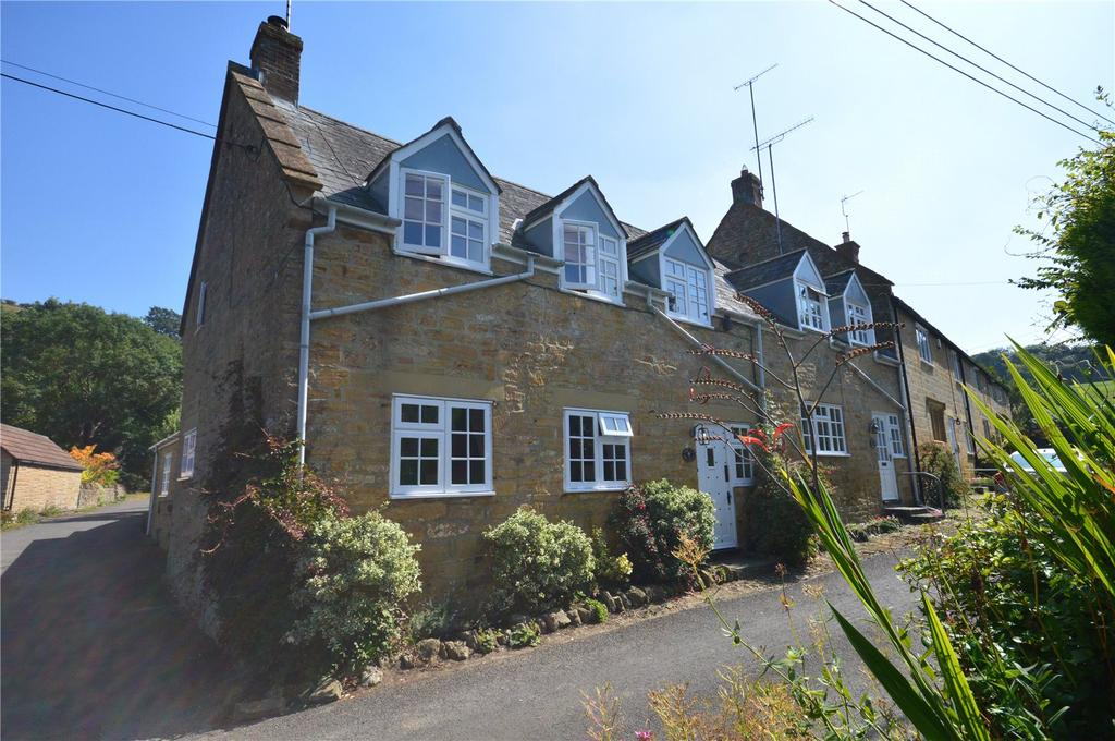 3 Bedrooms House for sale in East Street, Chiselborough, Stoke-Sub-Hamdon, Somerset, TA14