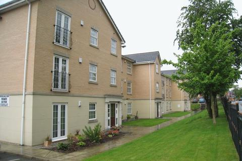 2 bedroom apartment to rent - Dell Road Shawclough.