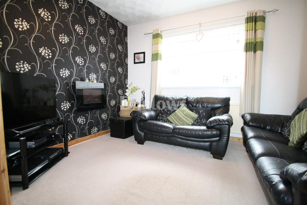 2 Bedrooms Terraced House for sale in Coronation Street, Blaina, Abertillery, Gwent