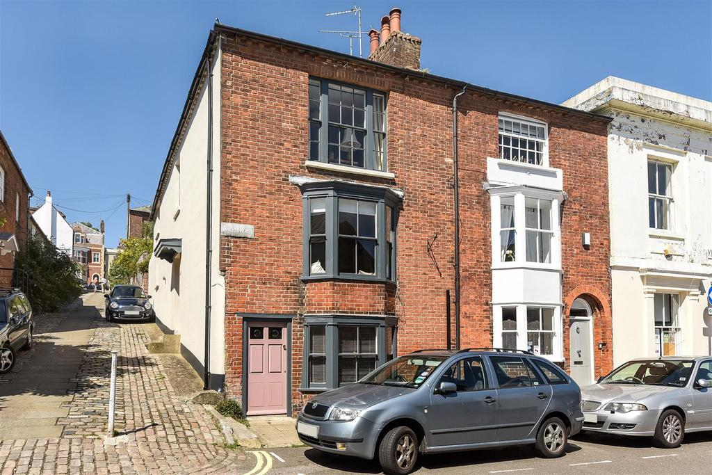 3 Bedrooms End Of Terrace House for sale in Tarrant Street, Arundel