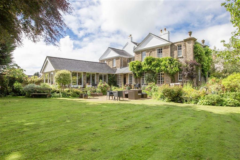 6 Bedrooms Detached House for sale in Kingsbridge, Devon, TQ7