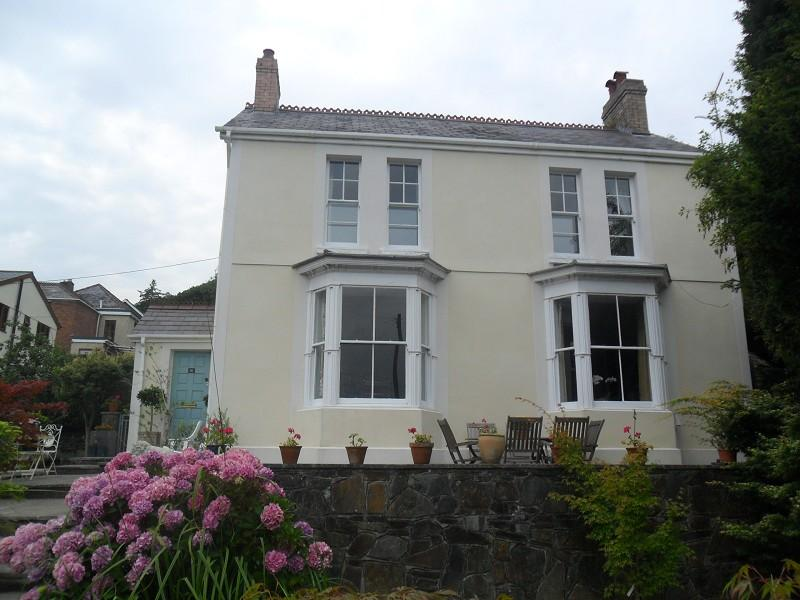 4 Bedrooms Detached House for sale in Coedcae Pontardawe, Swansea.