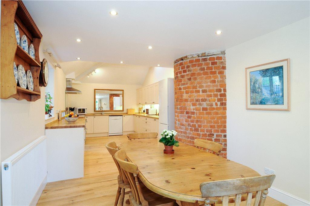 7 Bedrooms Detached House for sale in Orleton, Ludlow, SY8
