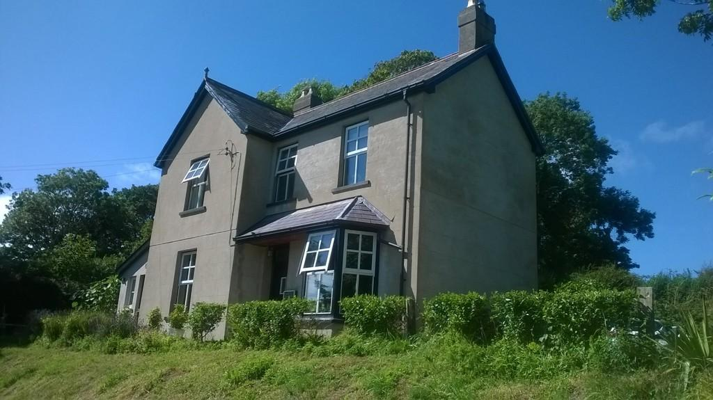 3 Bedrooms Detached House for sale in Camrose, Haverfordwest