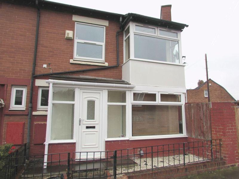 3 Bedrooms Terraced House for sale in Willington Terrace, Wallsend - Three Bedroom End Of Terrace