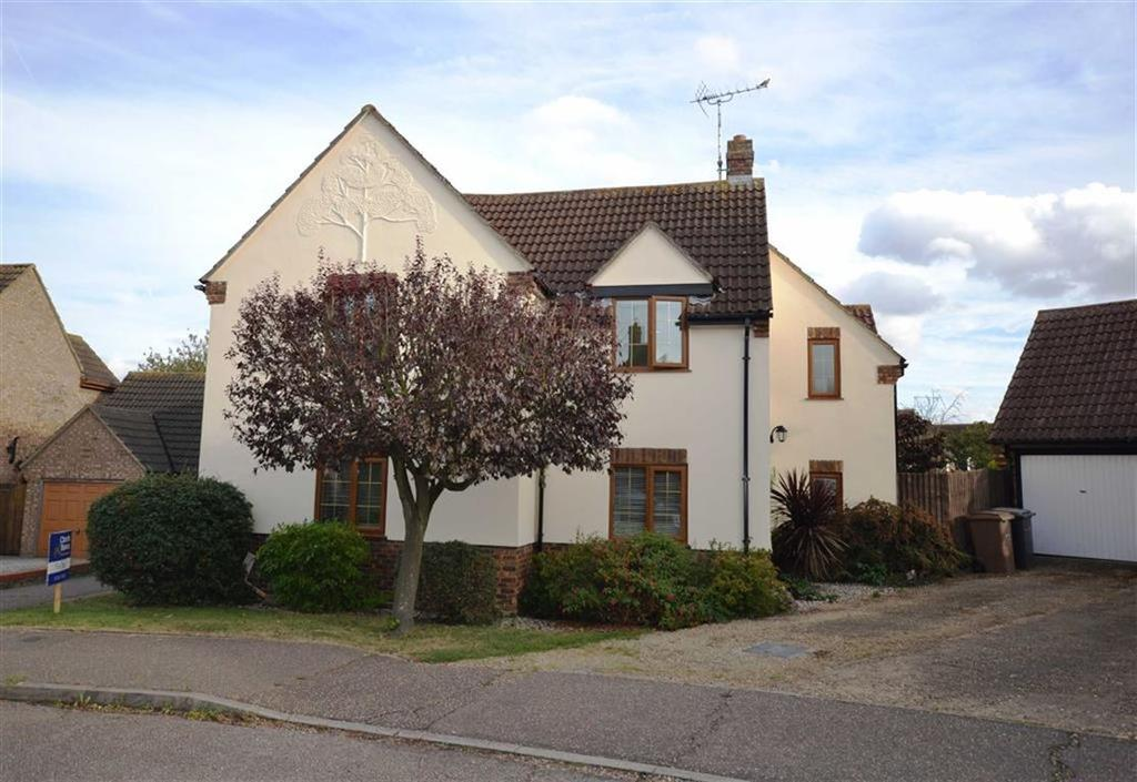5 Bedrooms Detached House for sale in Troubridge Close, South Woodham Ferrers, Essex